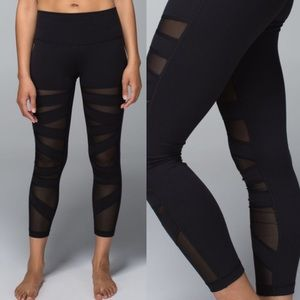 Lululemon High Times Tech Mesh Black Leggings Sz 2